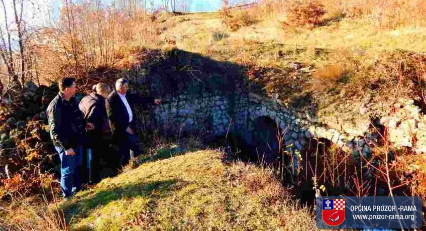 Arheologinja prof. Snježana Vasilj posjetila lokalitete u Rami