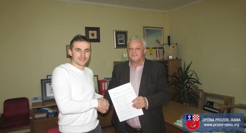 Potpisan Ugovor o rekonstrukciji elektroinstalacija u OŠ fra Jeronima Vladića Ripci
