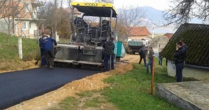 Završeno asfaltiranje puta u Varvari