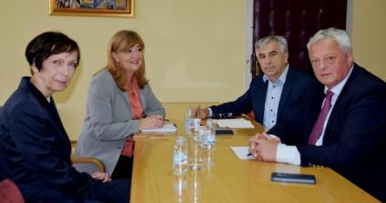 Veleposlanica Njemačke u BiH posjetila općinu Prozor-Rama i susrela se s načelnikom općine dr. Jozom Ivančevićem